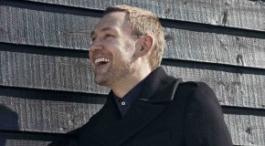 DAVID GRAY REVEALS NEW VIDEO TO SINGLE 'BACK IN THE WORLD'
