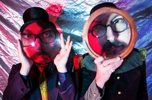 The Claypool Lennon Delirium – Monolith Of Phobos       Mad psychedelia that is all about the bass