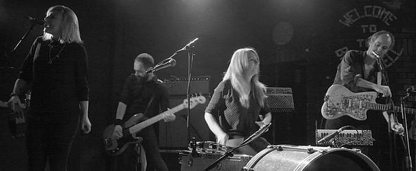 The Liminanas – Live, relentless, French and dragging retro into the present day