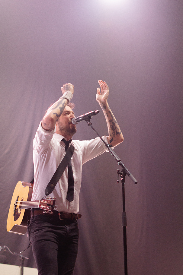 Frank Turner and the Sleeping Souls Leeds First Diect Arena 10