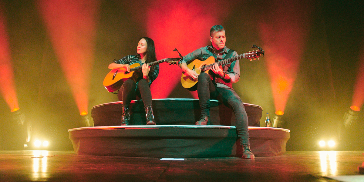 Rodrigo y Gabriela live in The Olympia Theatre, Dublin