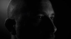 Lucas Santtana – Ninguém Solta A Mão De Ninguém