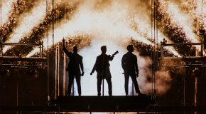 Jonas Brothers – Happiness Tour at Manchester Arena